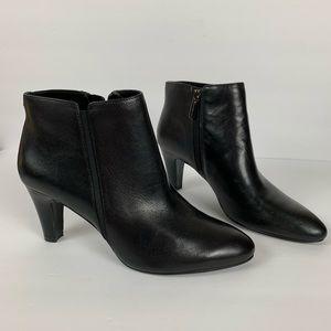 New Bandolino Black Leather Ankle Boots Size 8.5